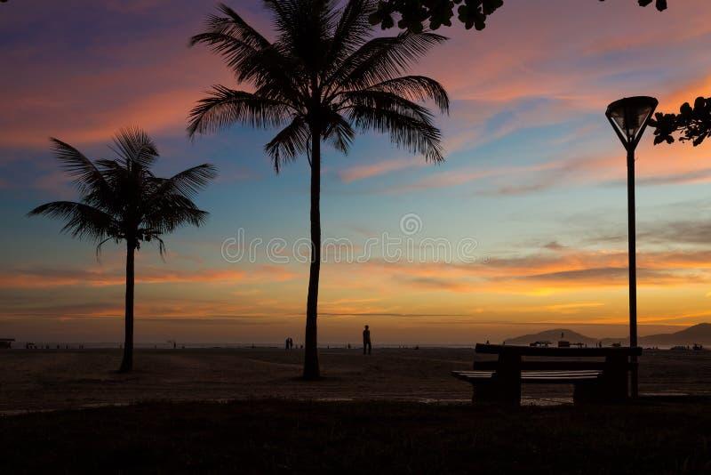 Puesta del sol en Santos fotos de archivo libres de regalías