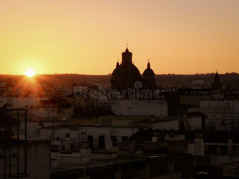 Puesta del sol en Sevilla imágenes de archivo libres de regalías