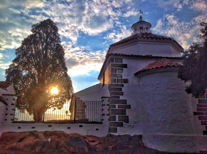 puesta del sol en Sierra Morena fotos de archivo