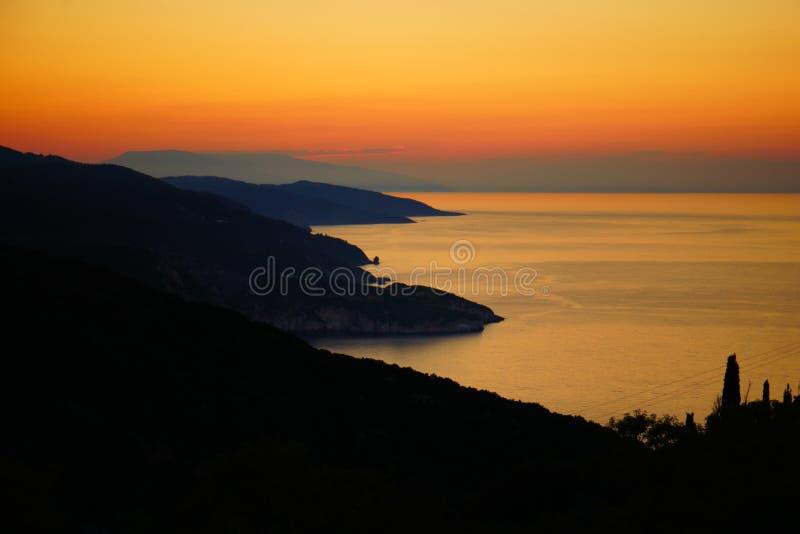 Puesta del sol en Skopelos, Grecia imagen de archivo libre de regalías