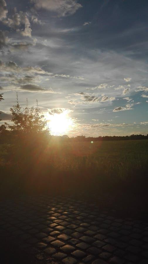 Puesta del sol espontánea imagen de archivo libre de regalías