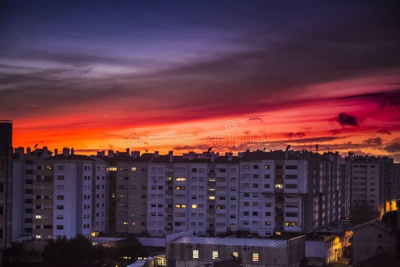 Puesta del sol fantástica en Portugal fotografía de archivo
