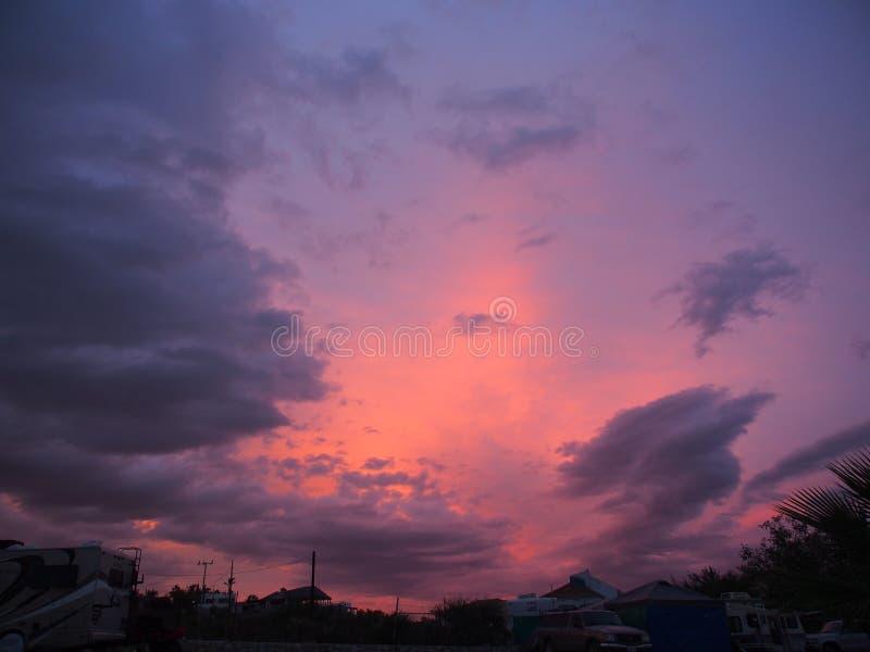 Puesta del sol hermosa de Baja imagenes de archivo
