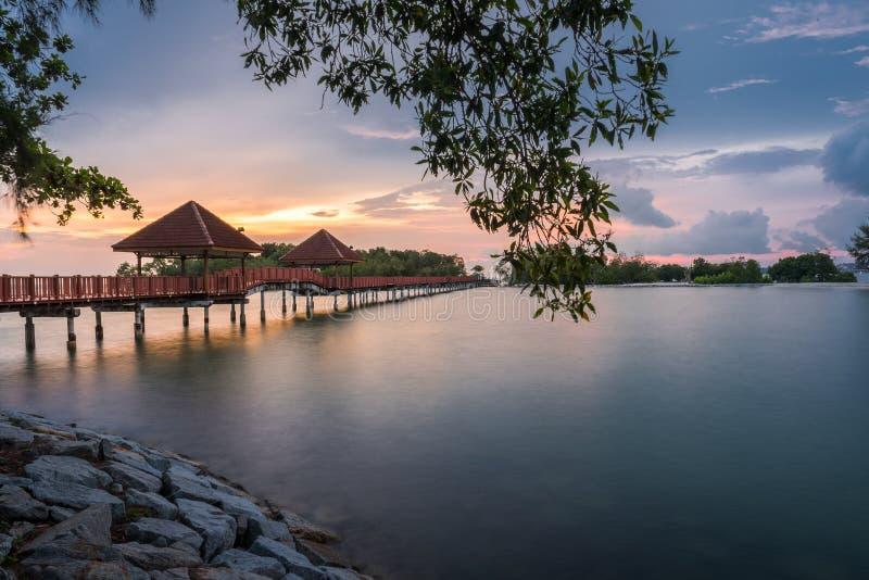 Puesta del sol hermosa de la playa de Dickson del puerto foto de archivo libre de regalías