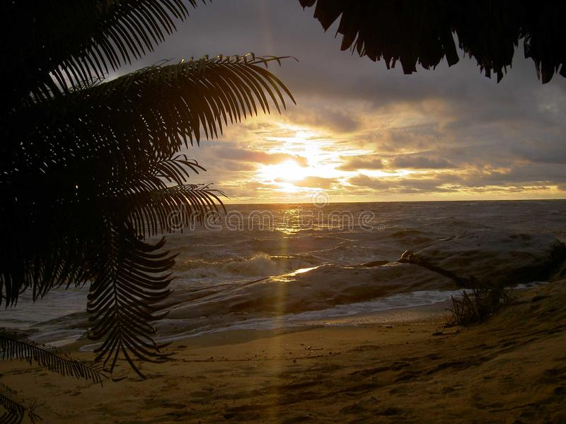 Puesta del sol hermosa misma en Liberia, ?frica fotografía de archivo