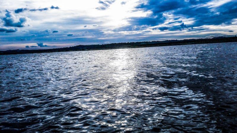 Puesta del sol hermosa del río del ¡de Paranà foto de archivo libre de regalías