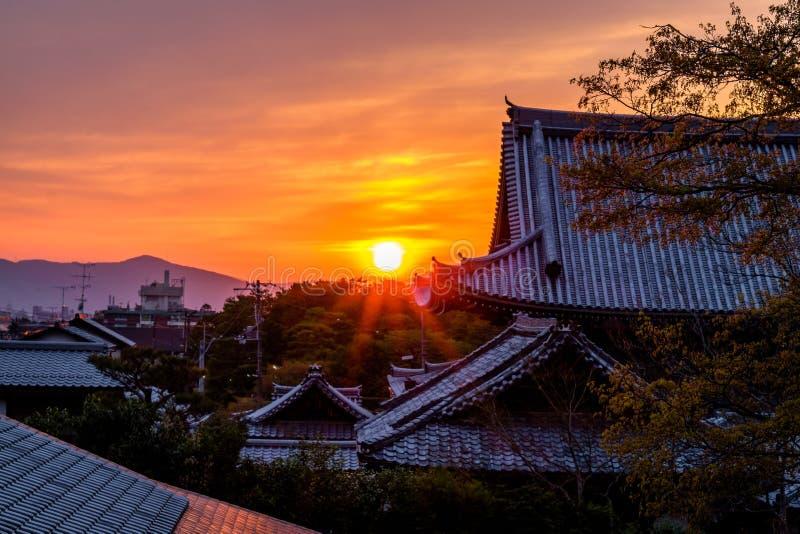 Puesta del sol japonesa imagenes de archivo