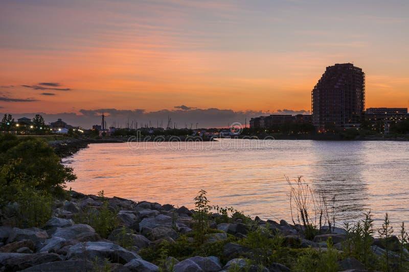 Puesta del sol Liberty Landing Marina fotos de archivo libres de regalías