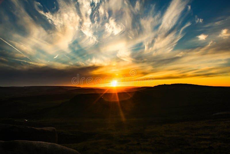 Puesta del sol máxima del distrito fotografía de archivo libre de regalías