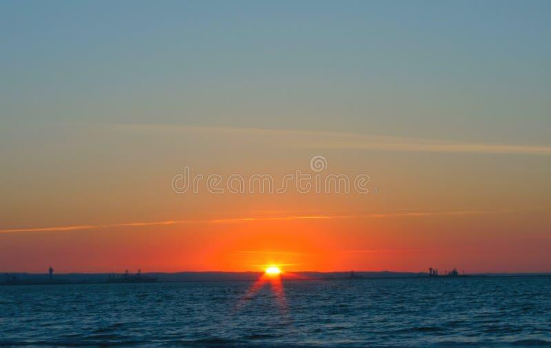 Puesta del sol magnífica simple fotos de archivo libres de regalías