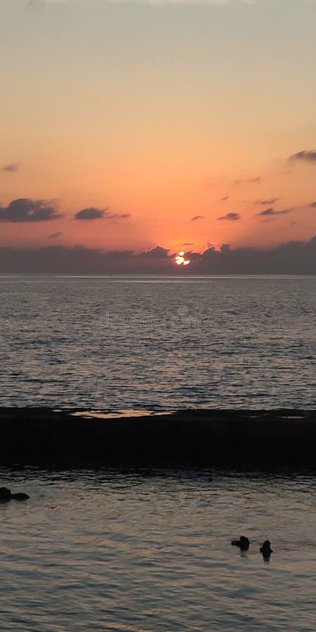 Puesta del sol maldives foto de archivo libre de regalías