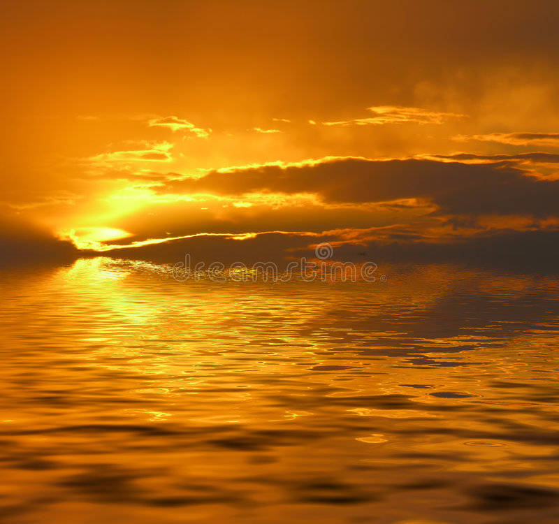Puesta del sol manipulada fotografía de archivo libre de regalías