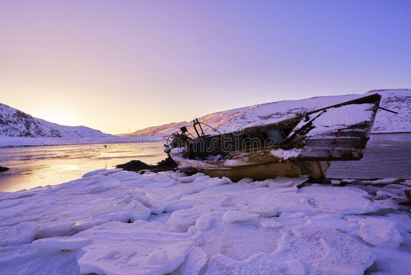 Puesta del sol del Océano ártico foto de archivo libre de regalías