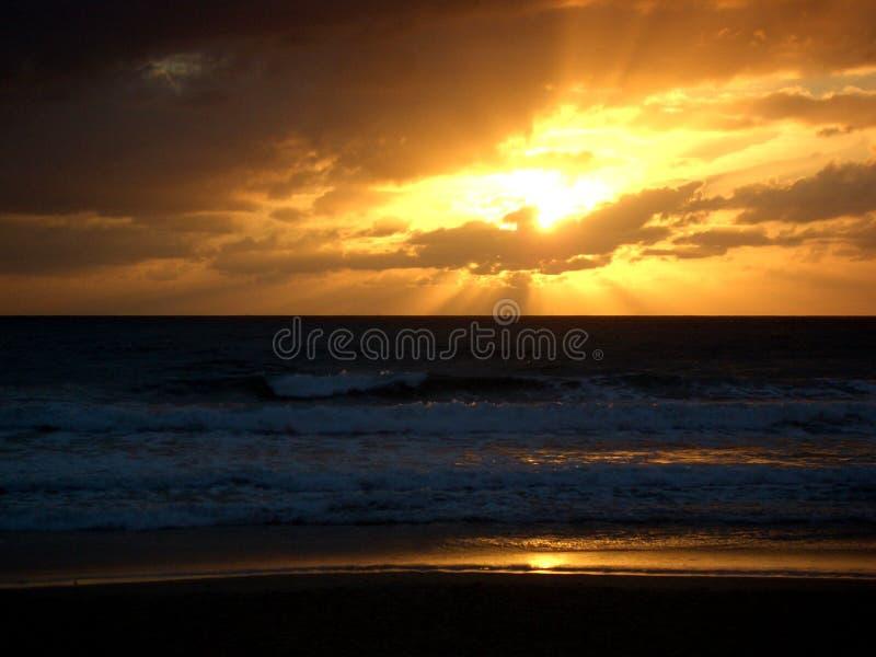 Puesta del sol Océano Atlántico fotografía de archivo