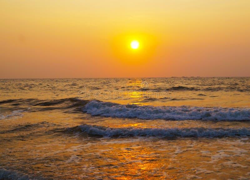 Puesta del sol occidental india del ghat foto de archivo