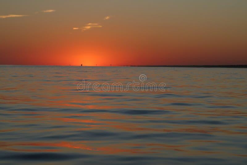 Puesta del sol oceánica fotos de archivo
