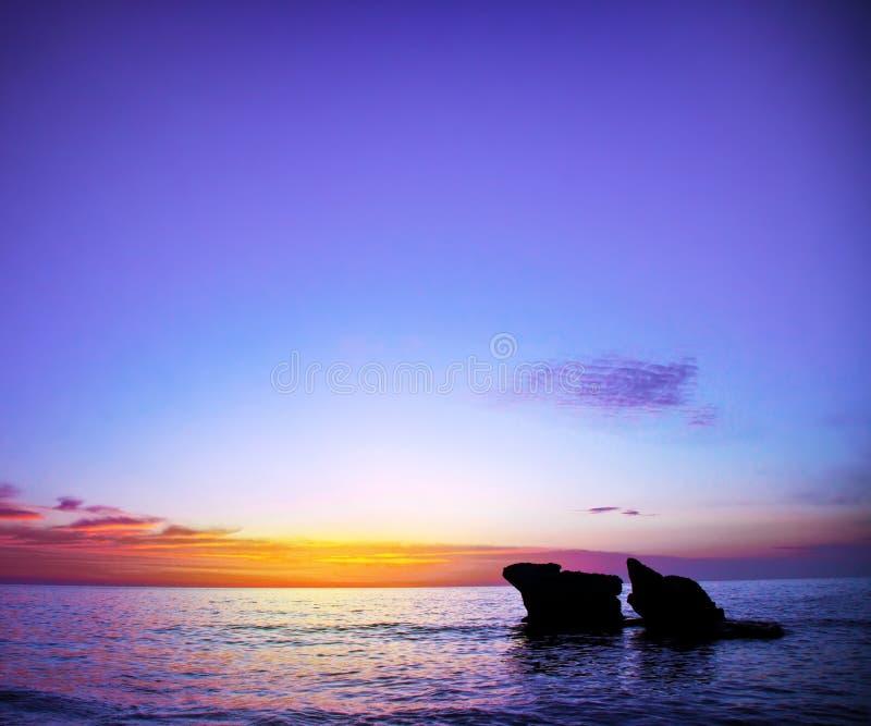 Puesta del sol púrpura imagen de archivo libre de regalías