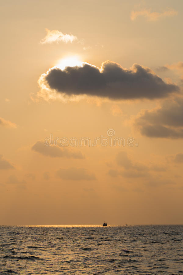 Puesta del sol Phu Quoc, Vietnam imagen de archivo