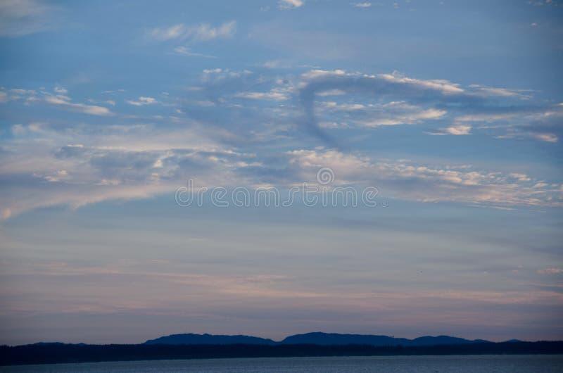 Download Puesta Del Sol Pintoresca En Puget Sound Foto de archivo - Imagen de calina, saltwater: 100527882