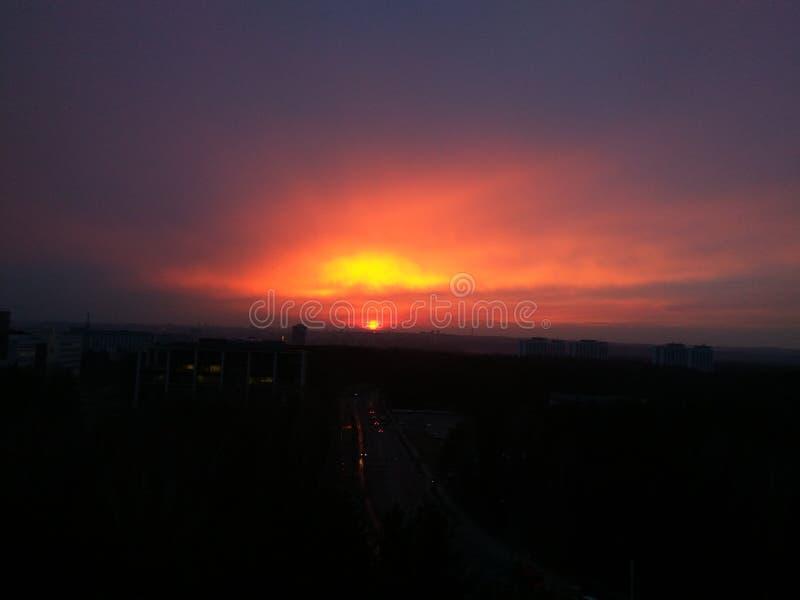 Puesta del sol roja foto de archivo