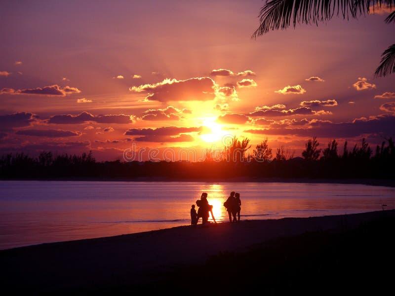 Puesta del sol rosada foto de archivo libre de regalías