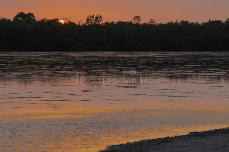 Puesta del sol rosada en Ding Darling Wildlife Refuge imagen de archivo libre de regalías