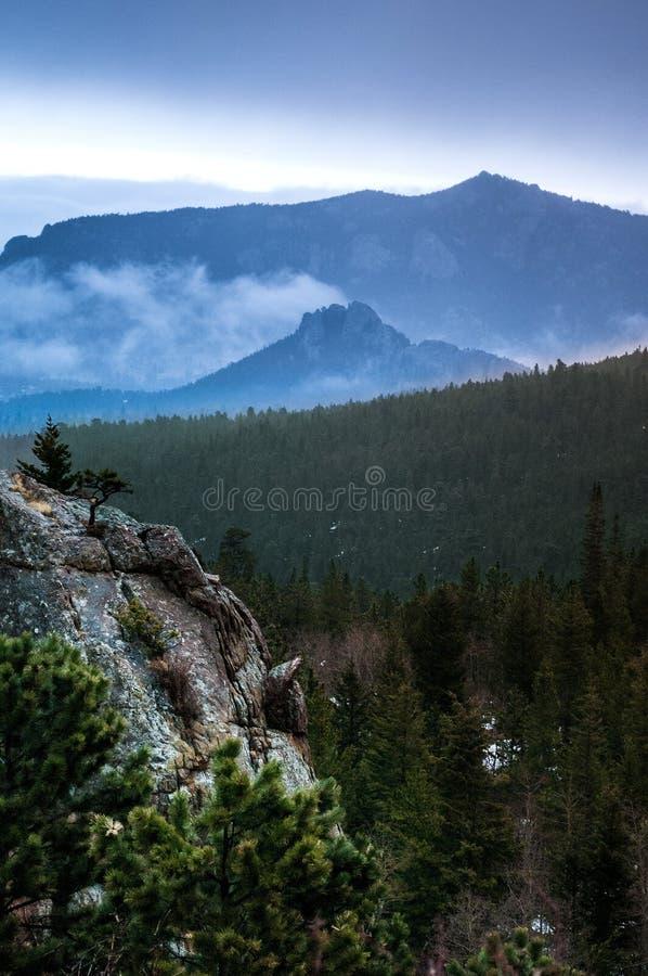 Puesta del sol/salida del sol de Estes Park Colorado Rocky Mountain imagen de archivo libre de regalías