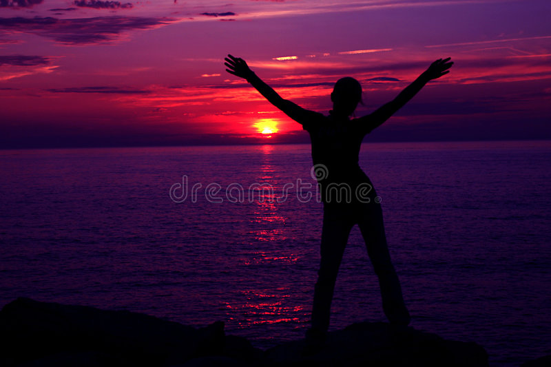 Download Puesta del sol Silhoette imagen de archivo. Imagen de nubes - 1285277