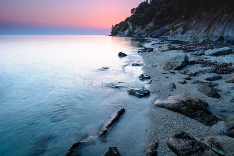 Puesta del sol soñadora y colorida, Grecia imagen de archivo libre de regalías