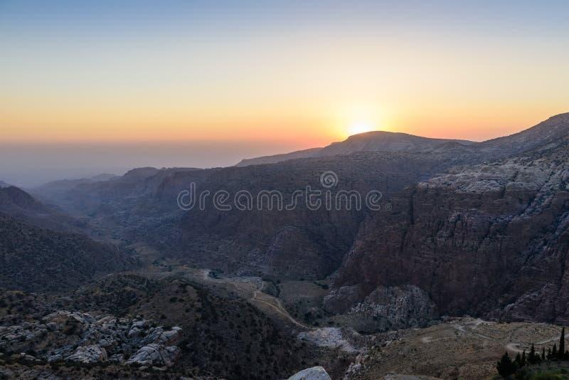 Puesta del sol sobre Dana Valley fotos de archivo