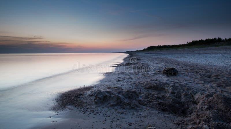 Puesta del sol sobre el mar Báltico imagen de archivo libre de regalías