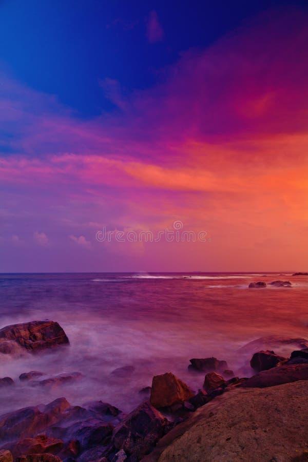 Puesta del sol sobre el mar de China foto de archivo libre de regalías