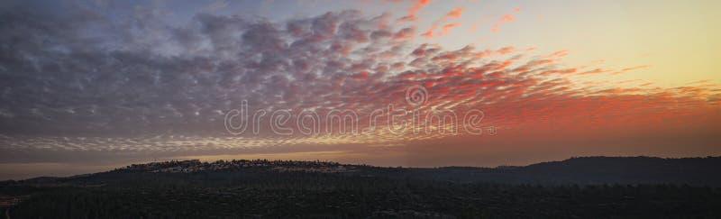 Puesta del sol sobre las montañas de Jerusalén fotos de archivo libres de regalías