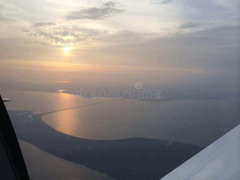 Puesta del sol sobre Pensacola imagenes de archivo