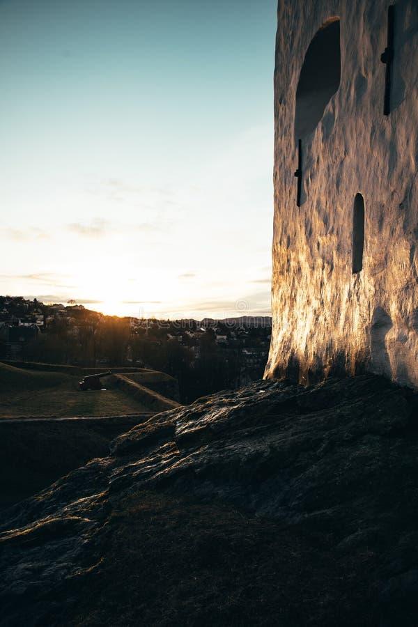 Puesta del sol sobre Strondheim imagenes de archivo