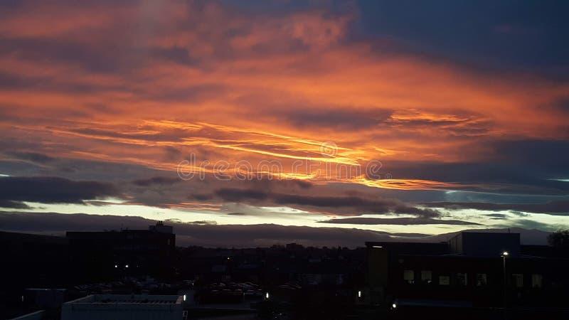 Puesta del sol sobre Sunderland fotos de archivo