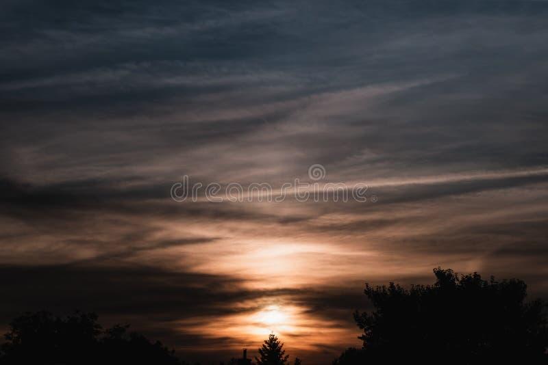 Puesta del sol - tono dual de Hungría imagen de archivo