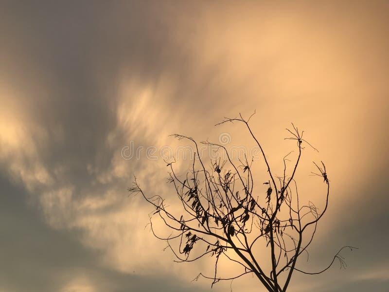 Puesta del sol triste imagen de archivo