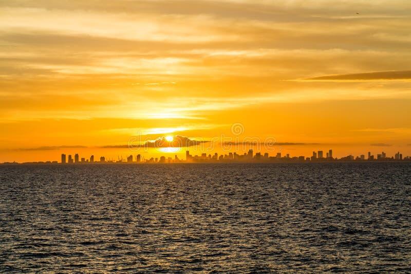 Puesta del sol urbana de Miami la Florida foto de archivo