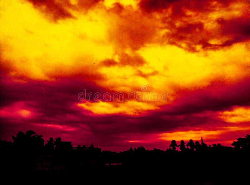 Puesta del sol del vino rojo imágenes de archivo libres de regalías