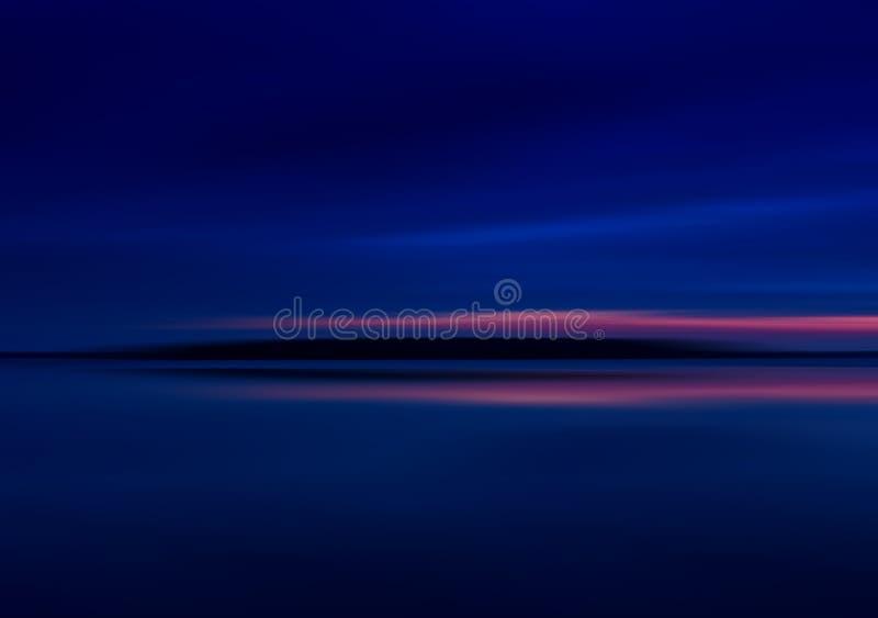Puesta del sol viva profunda horizontal en el lago liso de la montaña imágenes de archivo libres de regalías