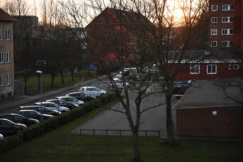 PUESTAS DEL SOL SOBRE CAPITAL DEL DANÉS DE COPENHAGUE imagen de archivo libre de regalías