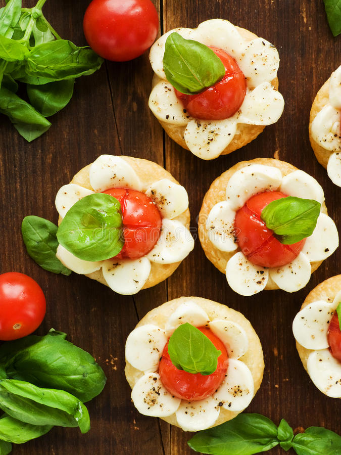 Download Puff-pizzas stock image. Image of homemade, cheese, delicious - 33318509