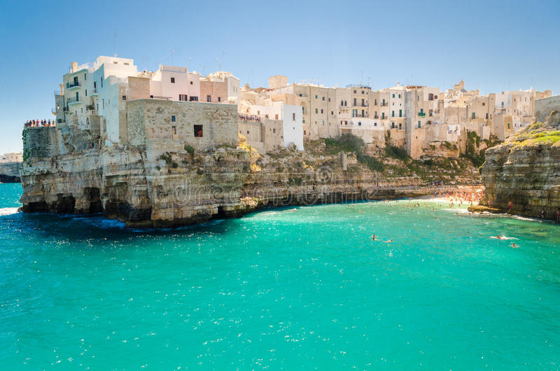 Puglia, Polignano uma égua imagem de stock