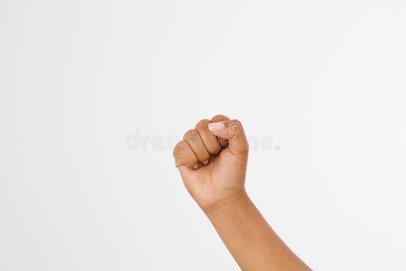 Pugno della donna di colore isolato su un fondo bianco vista frontale del pugno afroamericano Derisione su Copi lo spazio mascher immagini stock libere da diritti
