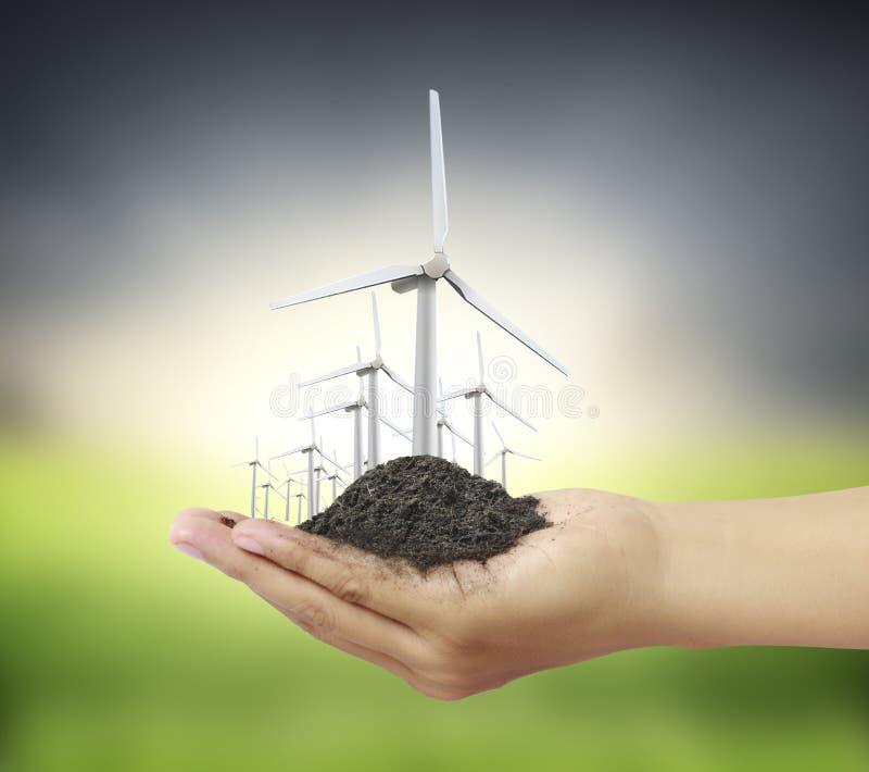 Puissance d'Eco, turbines de vent à disposition illustration libre de droits