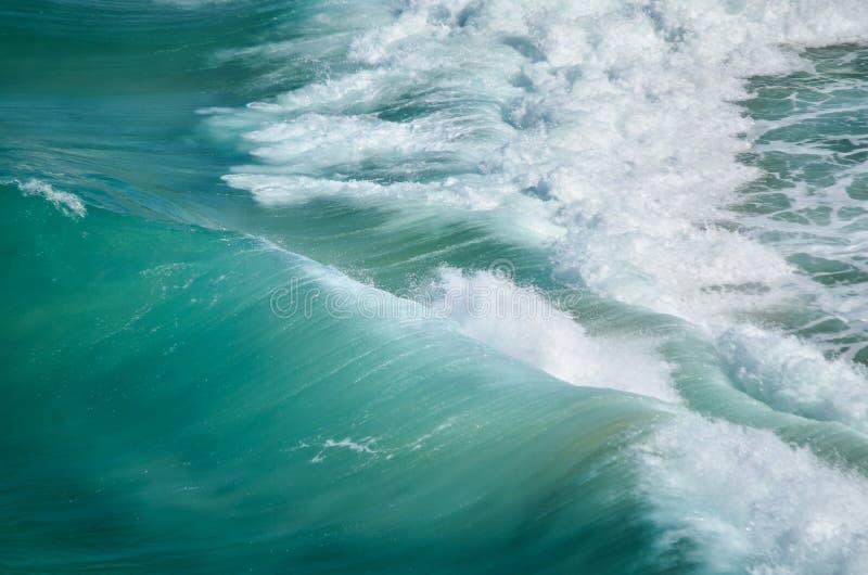 Puissance de vague photographie stock libre de droits