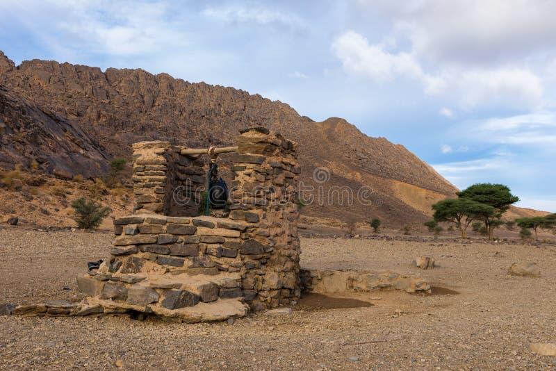 Puits d'eau, désert du Sahara image libre de droits