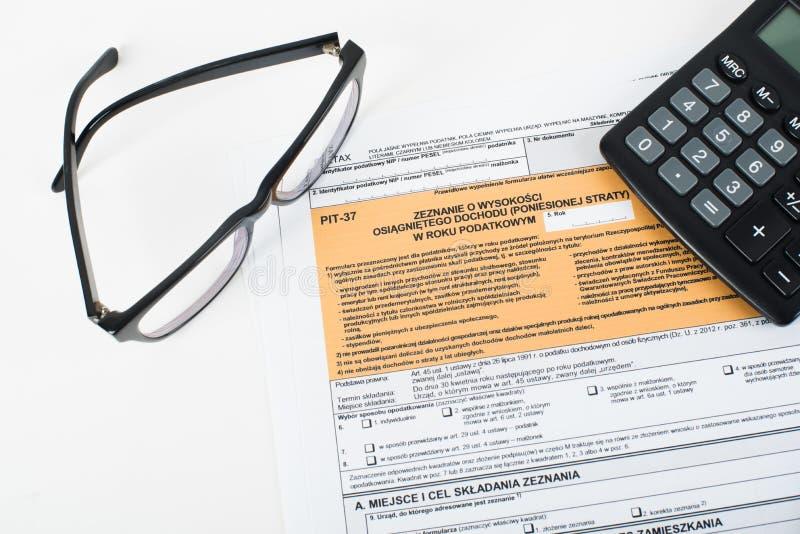 Puits de déclaration d'impôts photos stock