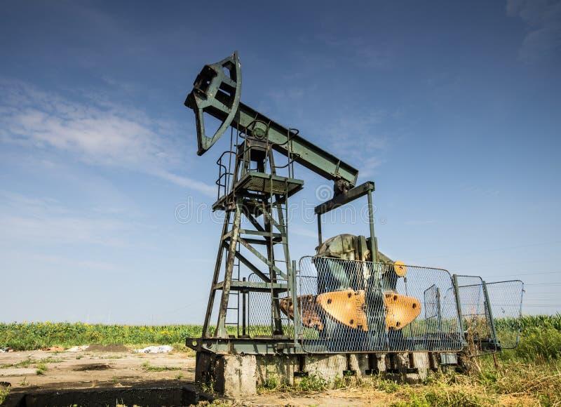 Puits de pétrole images libres de droits